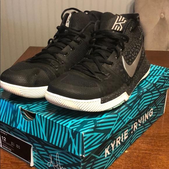 wholesale dealer 11497 0c90e Nike Kyrie 3 Weatherman